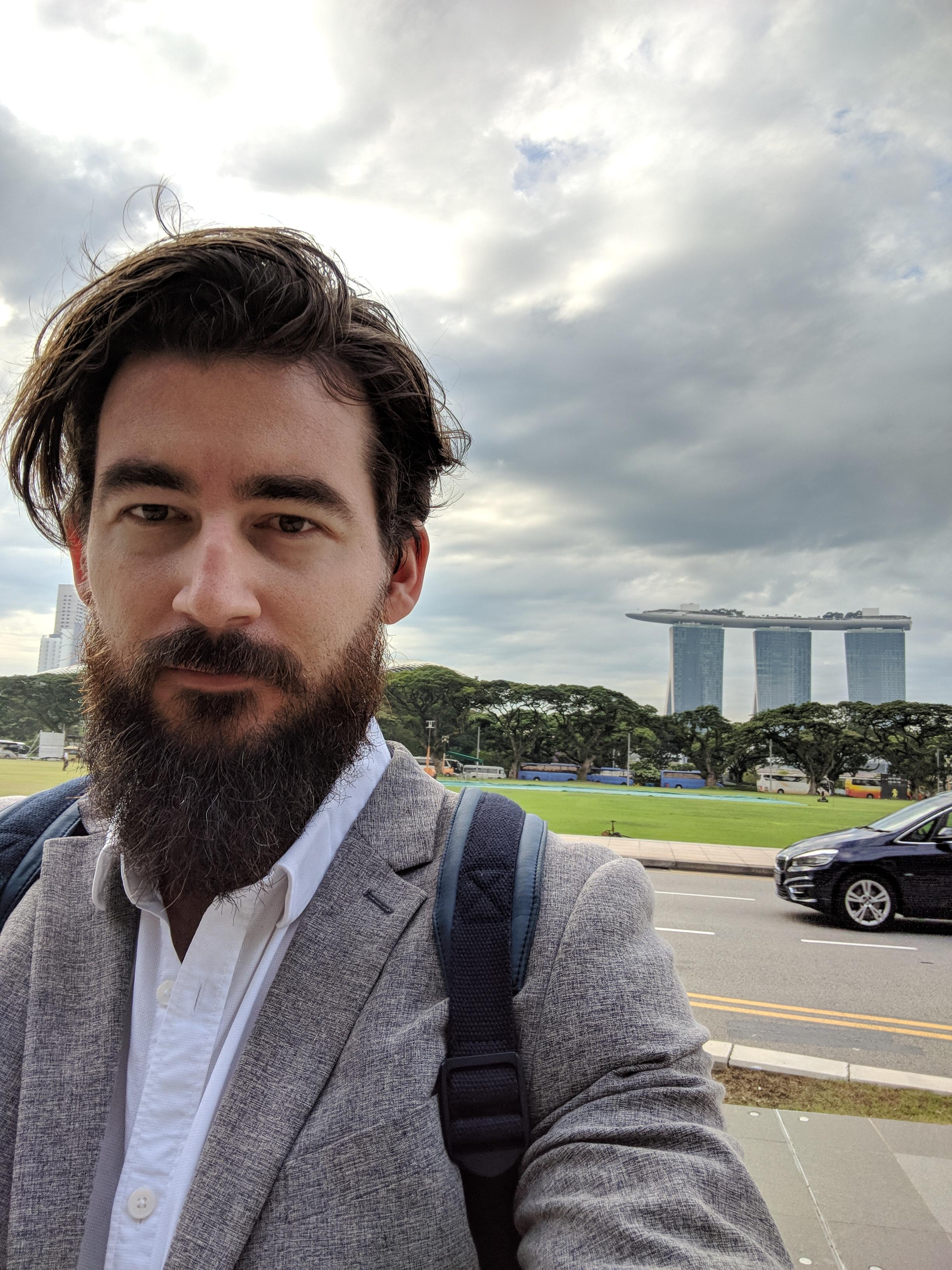 The quintessential Singapore selfie