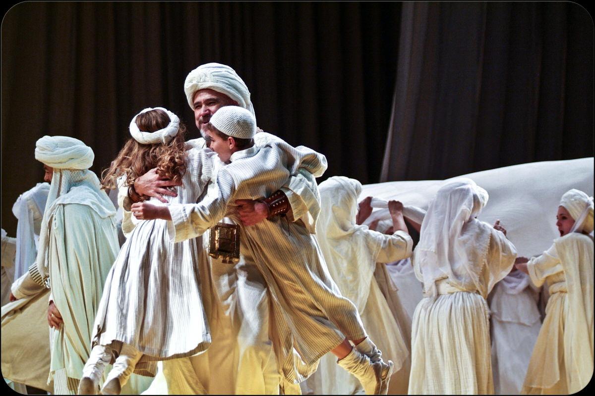 Theatre_EmanueleDeMarco-3444.jpg