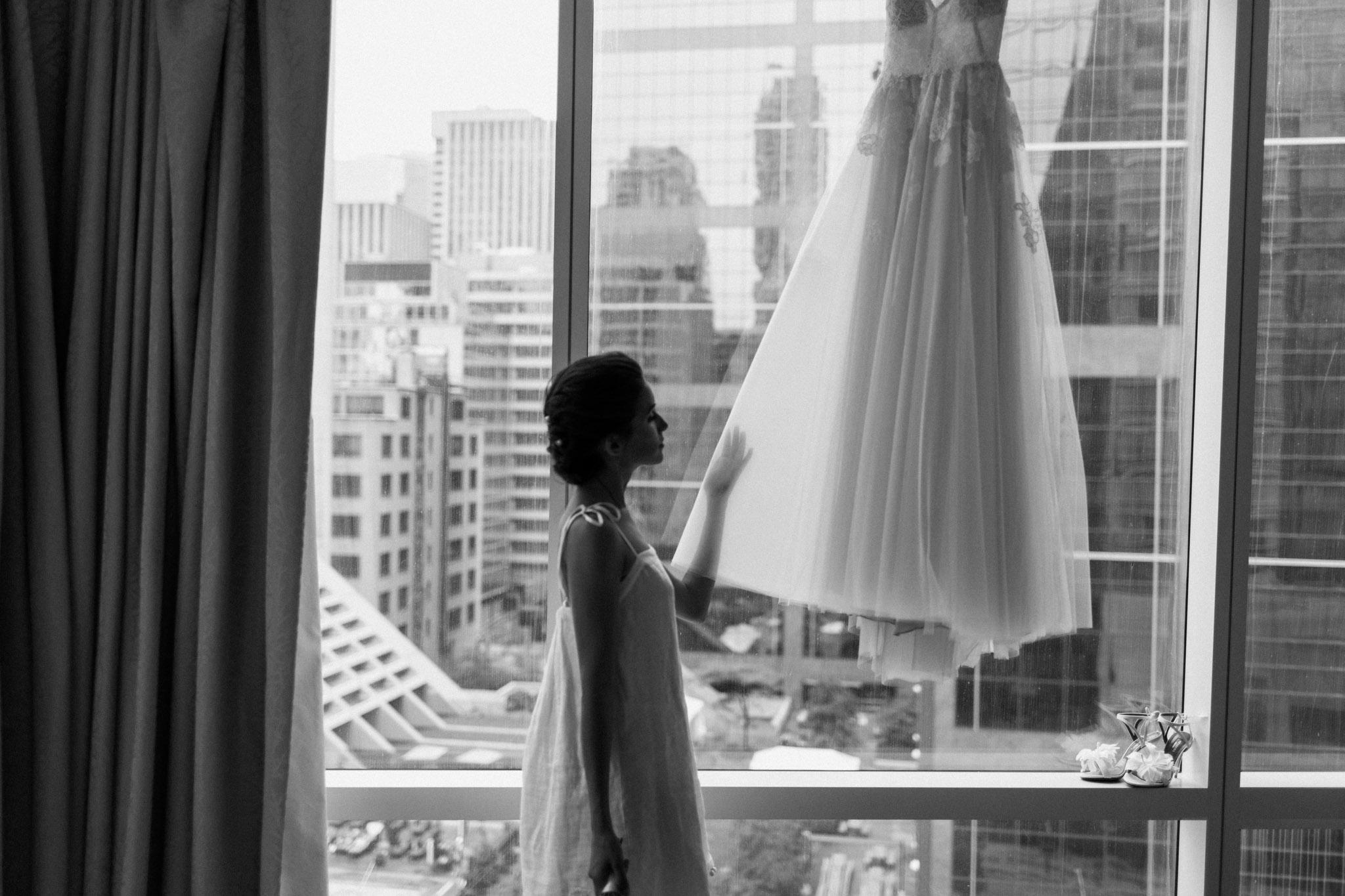 Laura Rowe Photography, Toronto Wedding, Momofuko, Intimate Toronto Weddding  -6.jpg