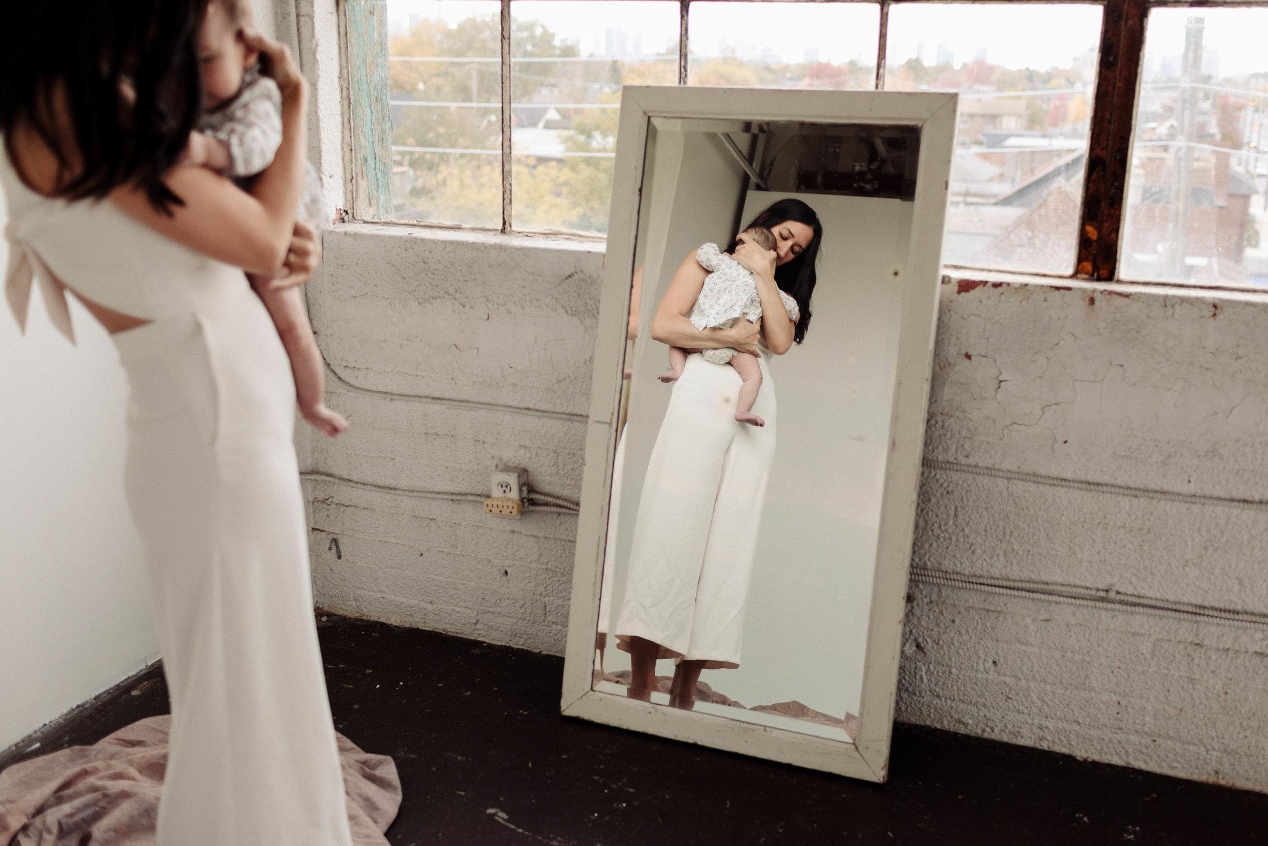 Laura Rowe Photography, Motherhood Photography, Toronto, Motherhood Portraits18.jpg