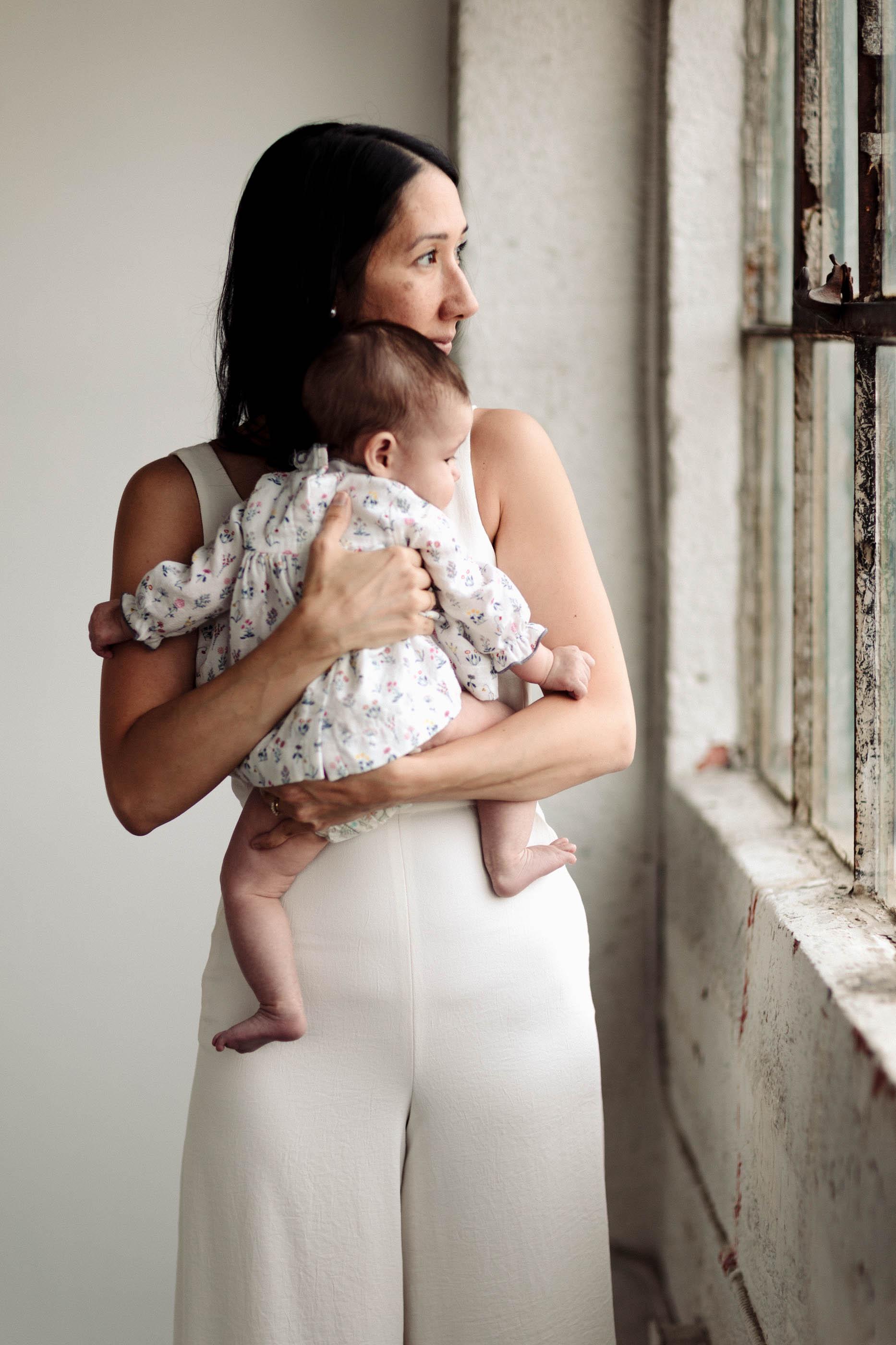 Laura Rowe Photography, Motherhood Photography, Toronto, Motherhood Portraits6.jpg