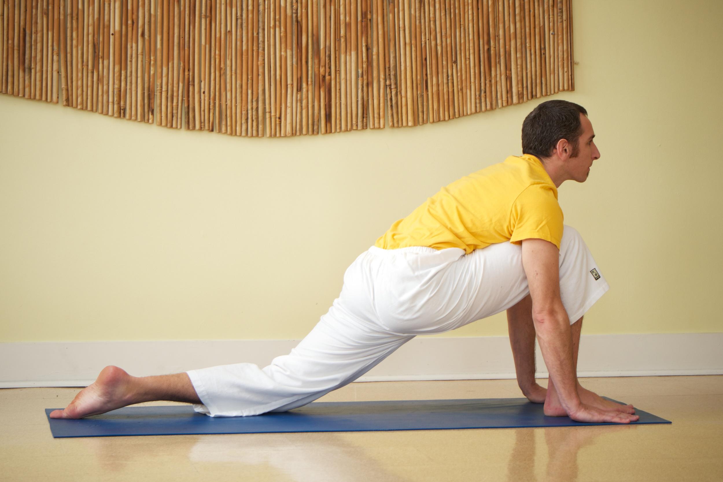 Yoga_Mike 121.jpg