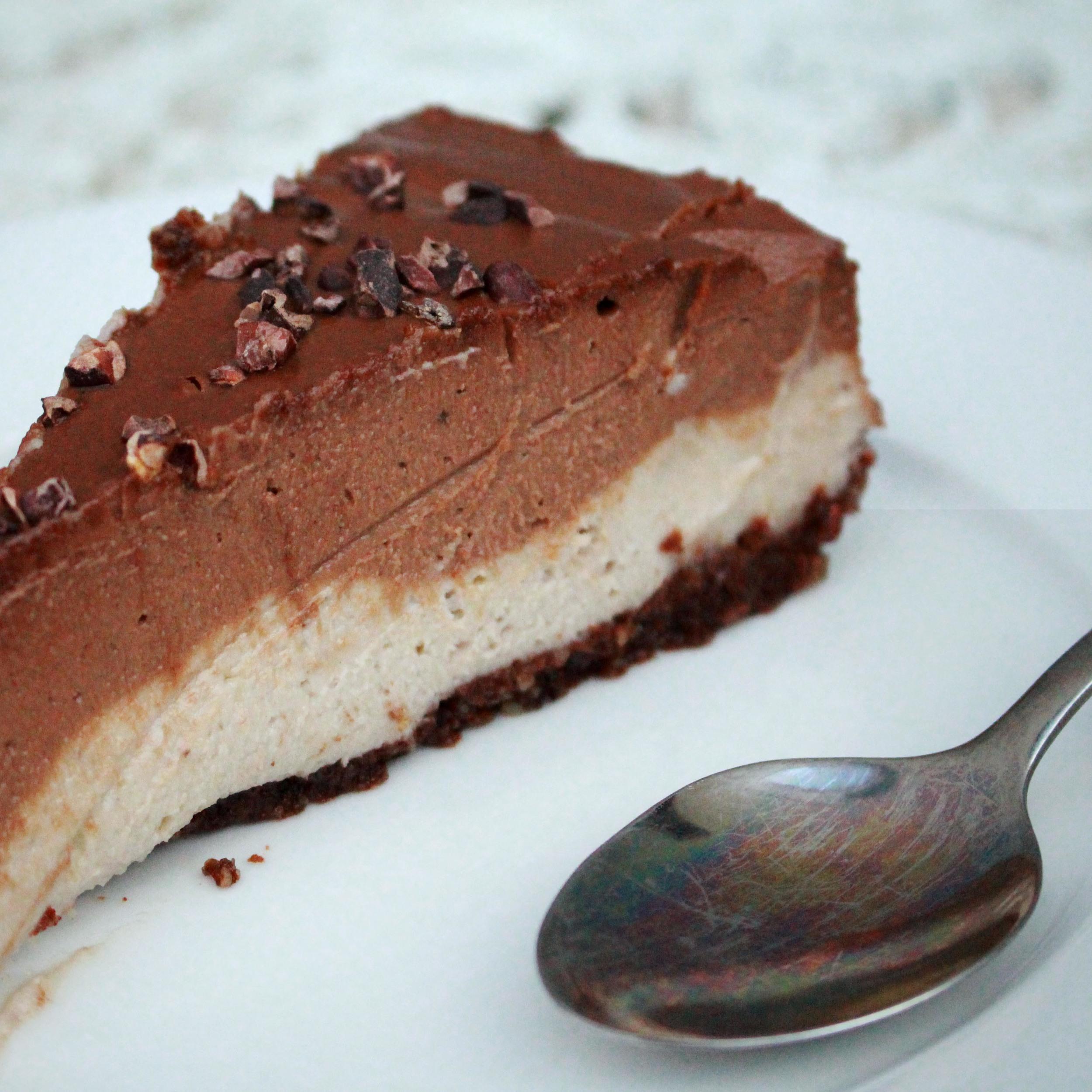 Chocolate Banana Raw Pie Recipe made with Raw Cacao (like little bird unbakery)