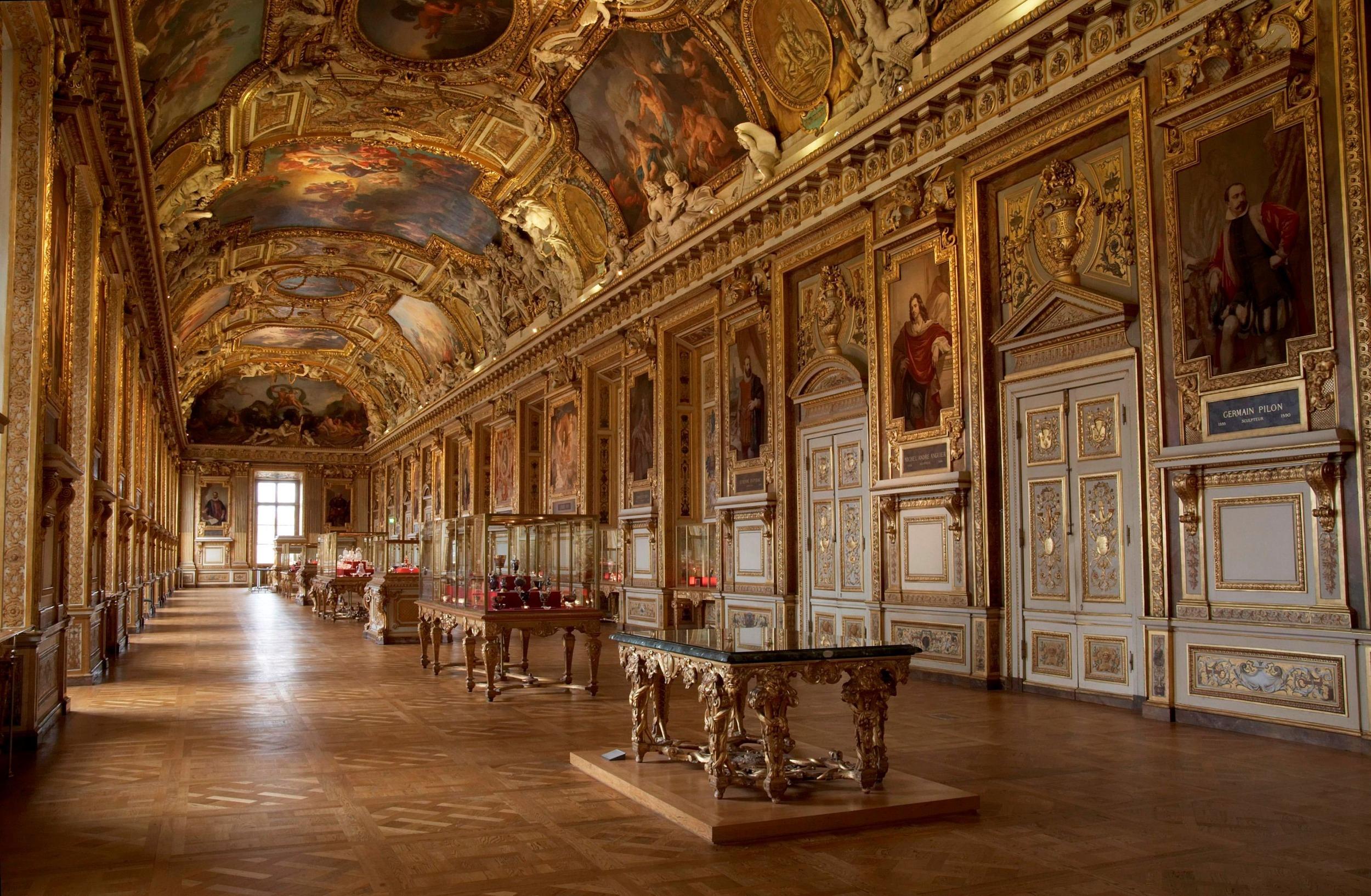 Galerie_Apollo_Louvre_Museum.jpg