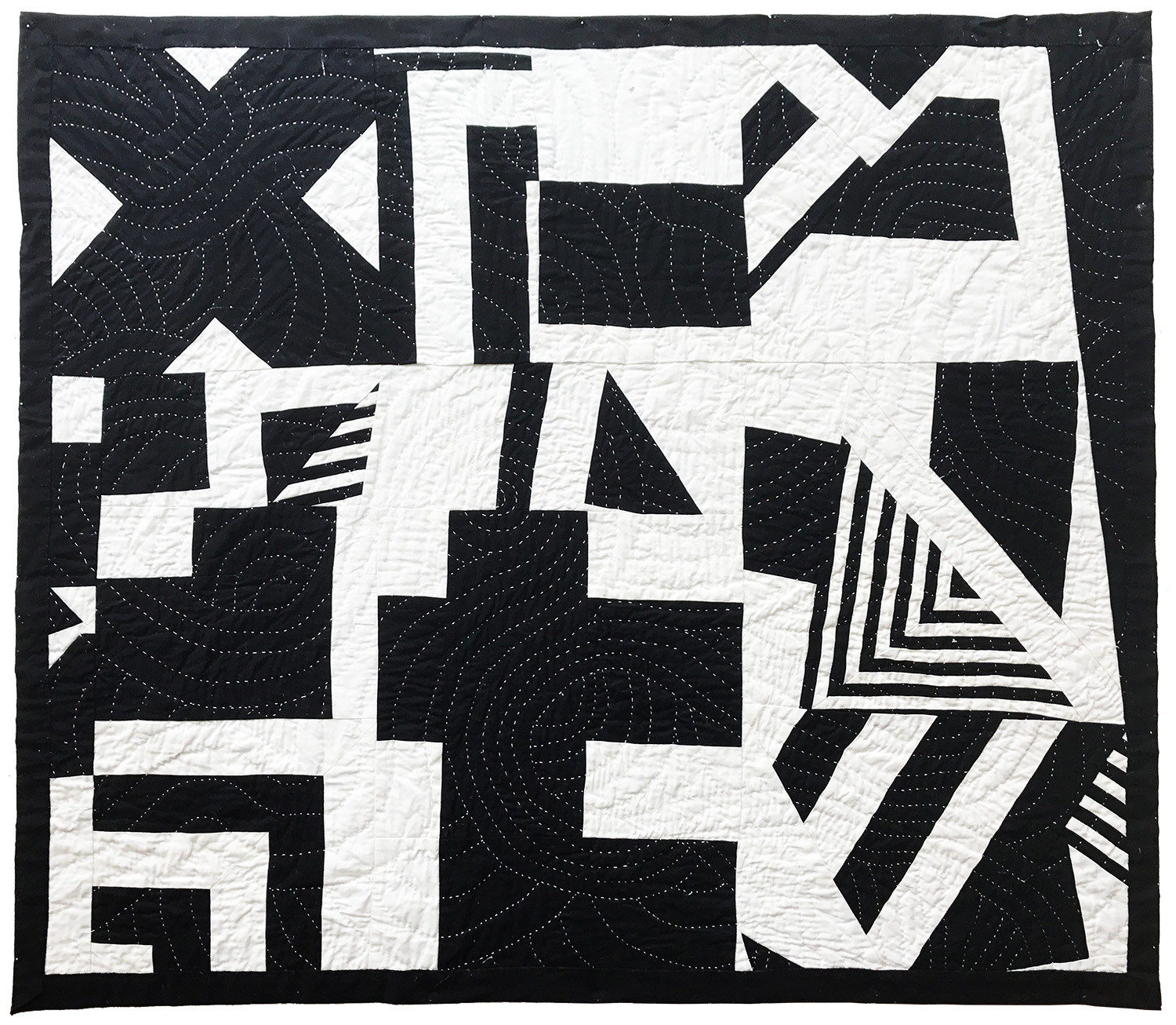 blackandwhite quilt whole.jpg