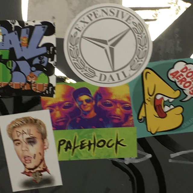 Sticker fiends in my neighbourhood lol 😆🤚 . . #sticker #stickers #slaps #slapstickers #tdot #toronto #streetart #stickies #benz #palehock #dail #space #supreme #justinbieber #graffiti #killemall #vancity