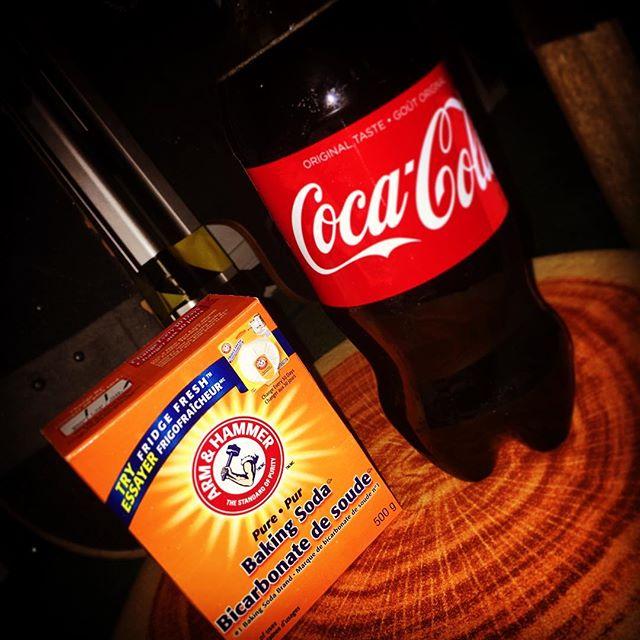 Mixing it up . . #igotbakingsoda #coke #coca #cocacola #thuglife #mademedoit