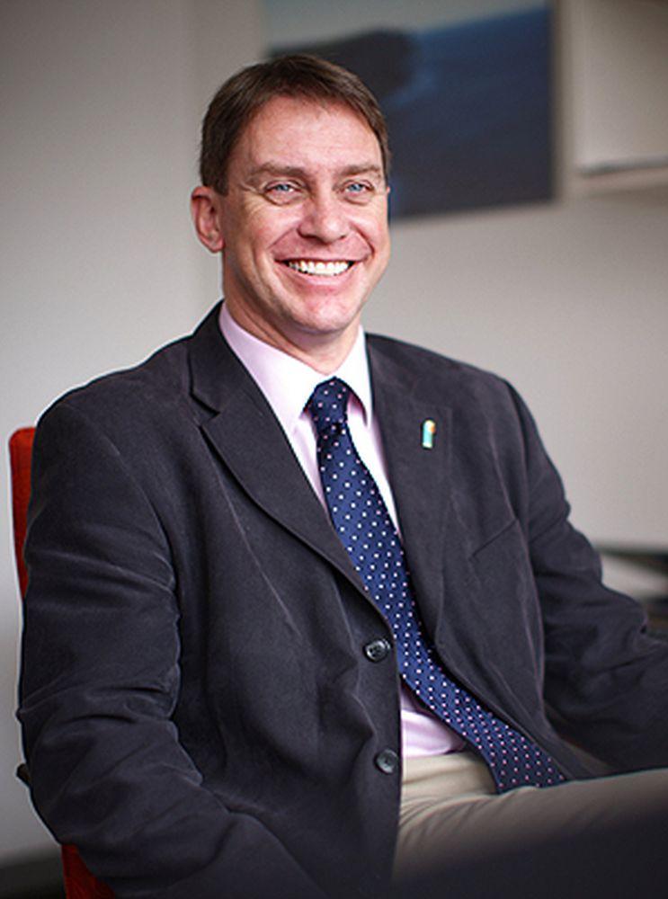 Professor Simon Lewis   MBBCh BSc MRCP FRACP MD