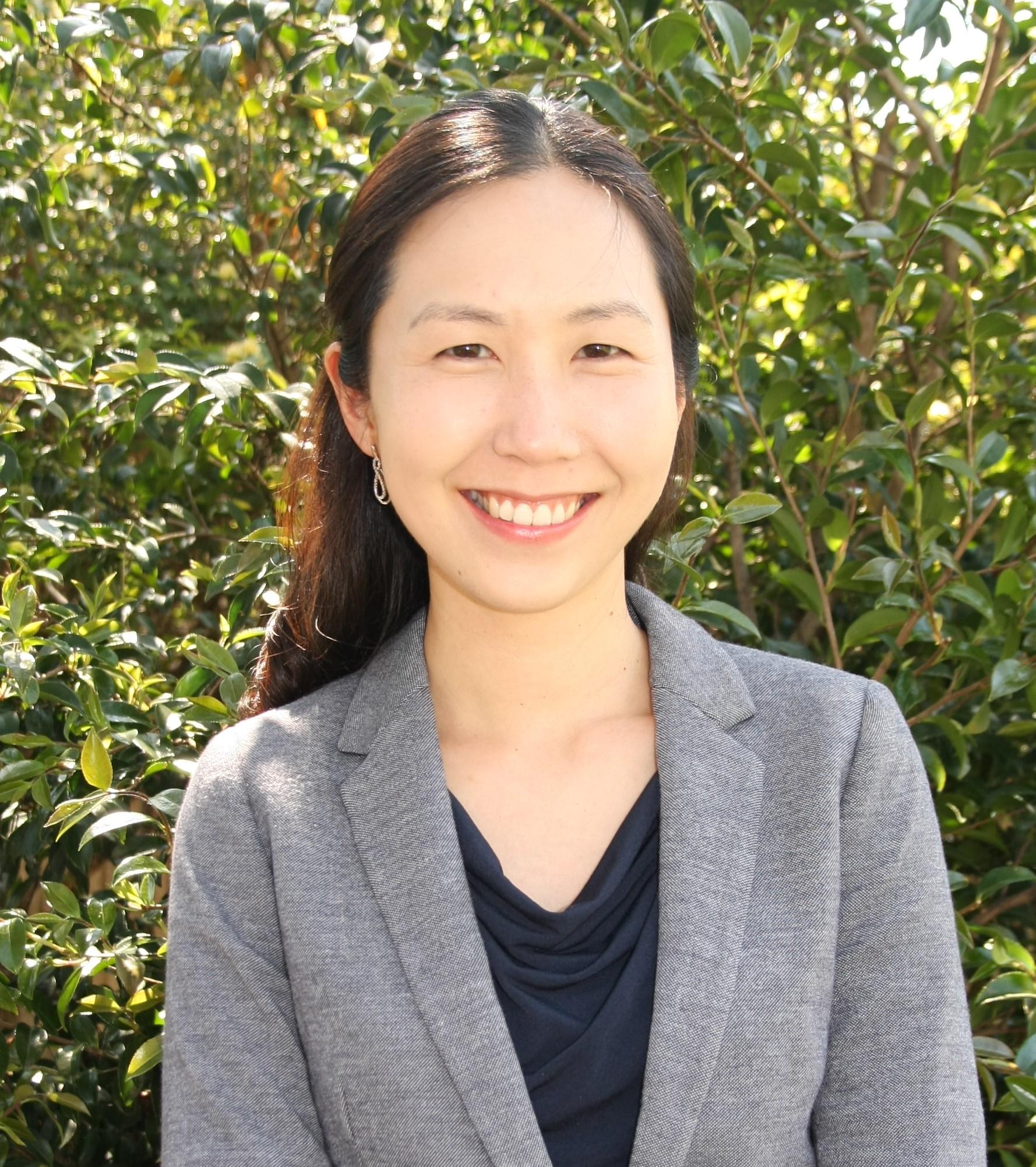 Dr Pearl Chung   FAFRM PhD MPH
