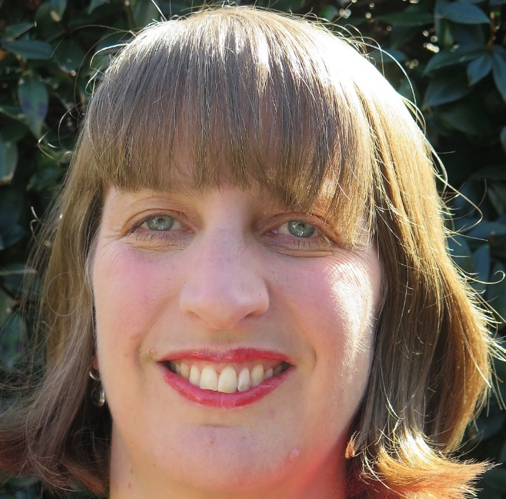 Dr Tracy Smith