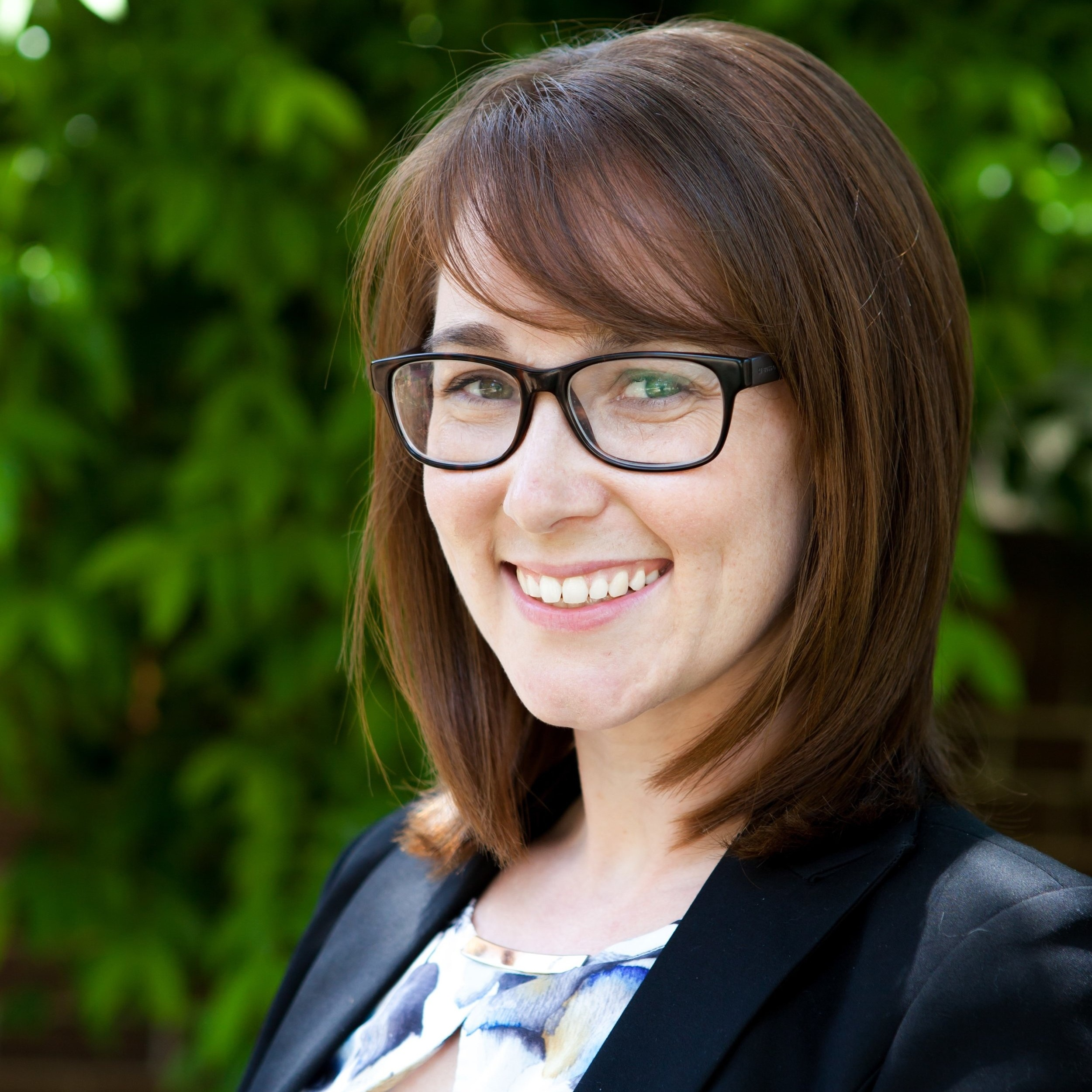 Dr Liz Cayanan