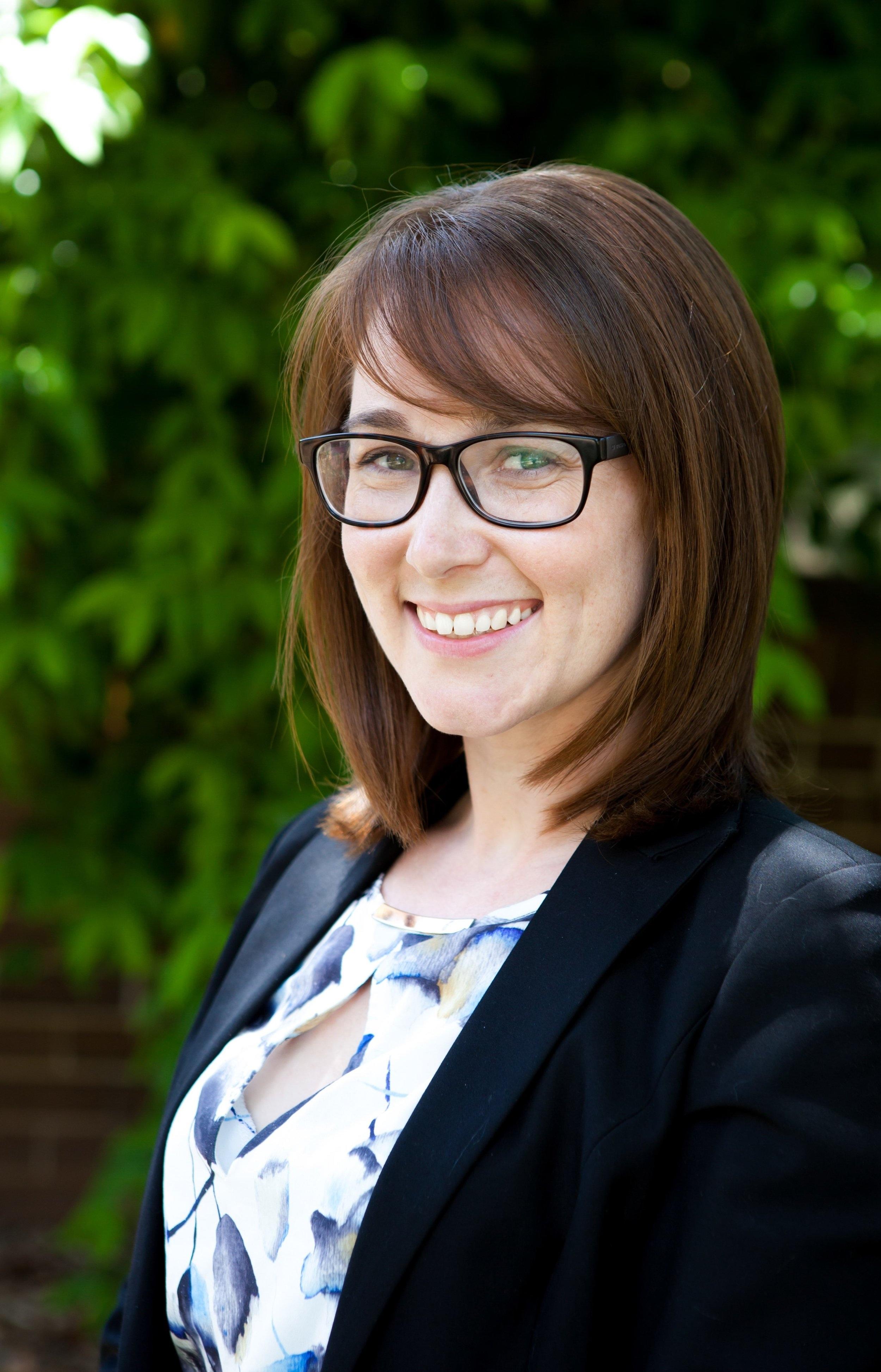 Dr Liz Cayanan   BAppSc (Hons) AEP PhD