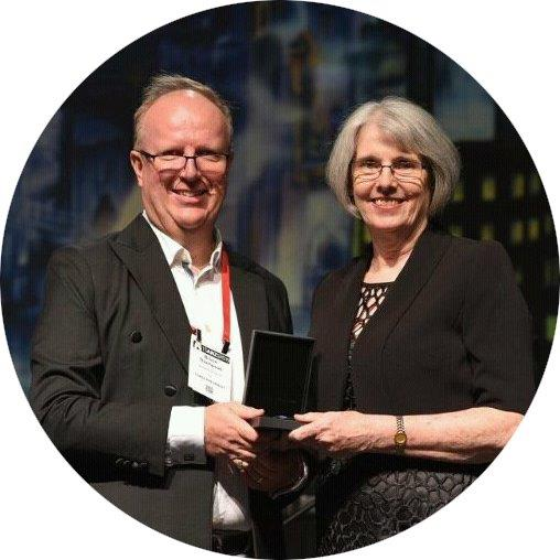 Professor Helen Reddel with Professor Bruce Thompson, TSANZ President.