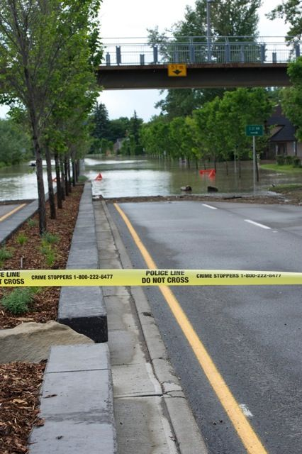 Calgary flood pictures, general contractor Calgary, renovations, restoration company, contractor Calgary 19.jpg
