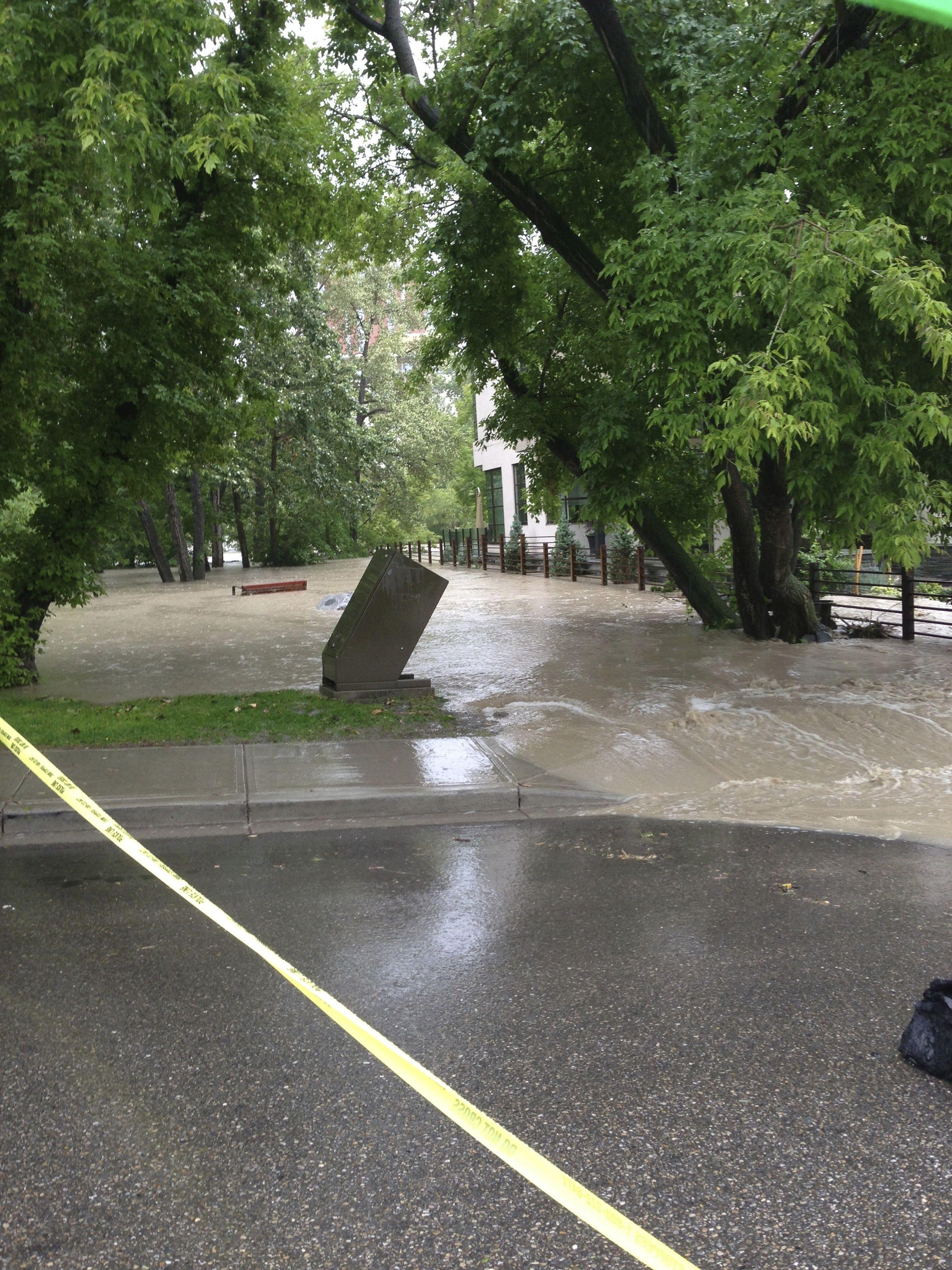 Calgary flood pictures, general contractor Calgary, renovations, restoration company, contractor Calgary 4.jpg