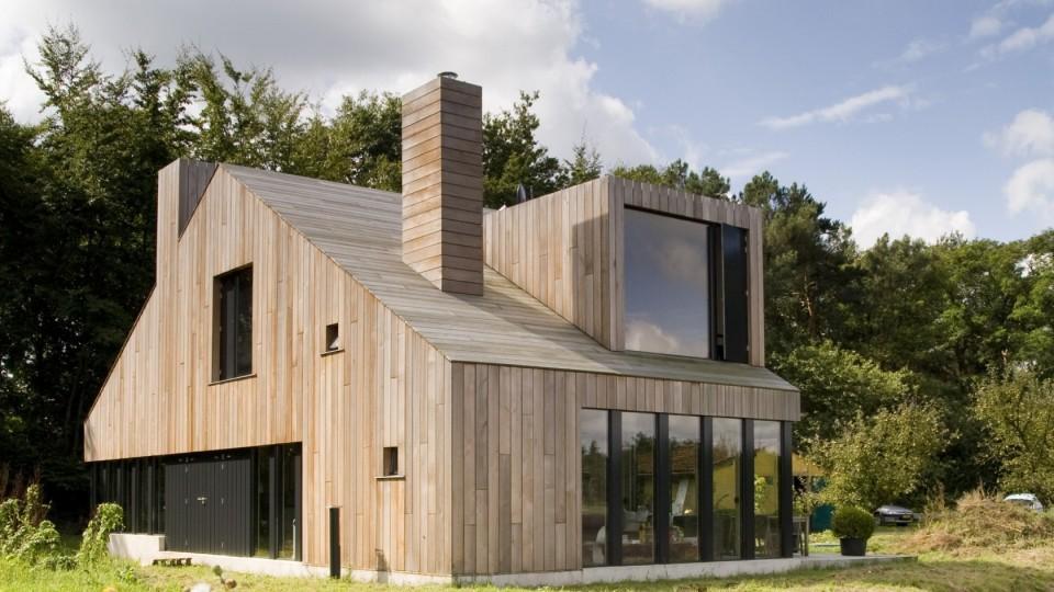 Onix  - Plank Chimney House