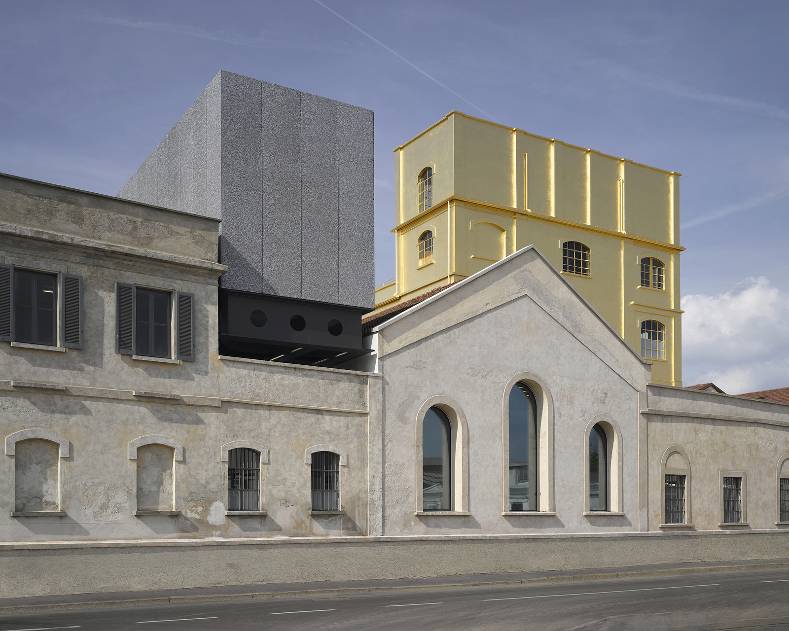 Milan Fondazione Prada. Photo: http://oma.eu/projects/fondazione-prada. Image Credit: http://www.domusweb.it/