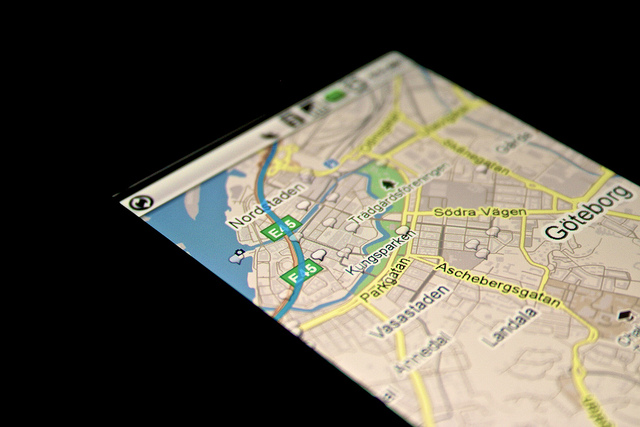 Google maps mobile: CC Image courtesy of Johan Larsson on Flickr.