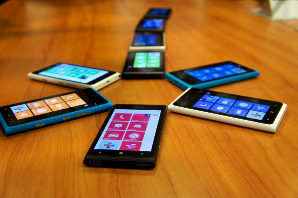 Nokia Lumia phones: cc image courtesy of Vernon Chan on Flickr