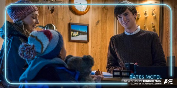 Freddie Highmore and Hannah Levien in 'Bates Motel'