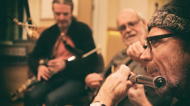 #tbt to recording members of legendary Irish band Lunasa with our friend Admiral Haworth. #lunasa #irishmusic #uilleannpipes #recordingstudio #santacruzmusic #recordingsession #bluemics #universalaudio