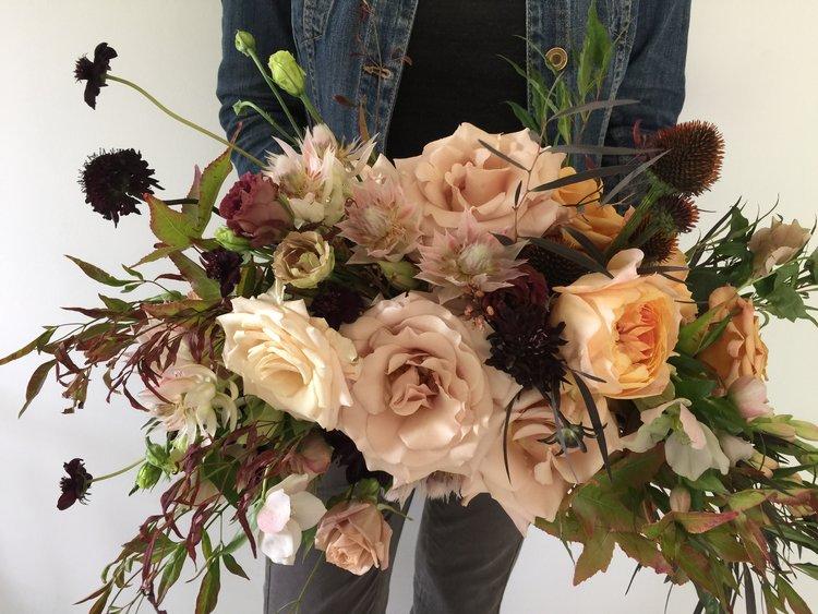 moody wedding bouquet