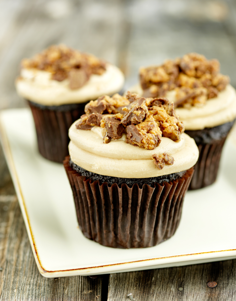 Rob Grimm Photography_Commercial Cupcakes Photography-1.jpg
