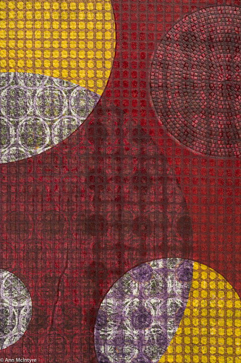 Carmine - Detail