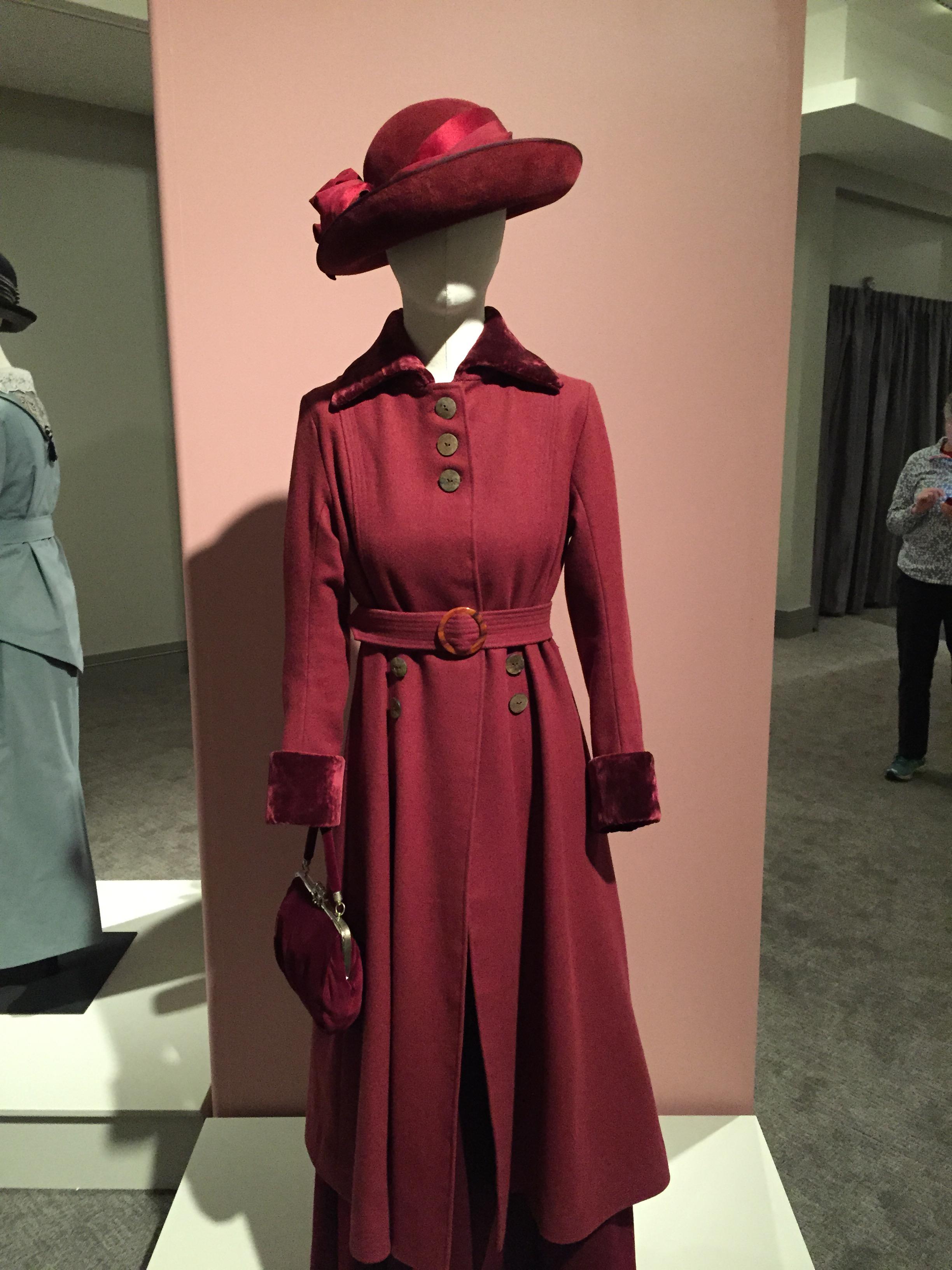 A striking red ensemble worn by Lady Mary Crawley
