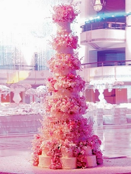 Hot Pink in multiple tiers, imagine the hours required to craft this beautiful confection.