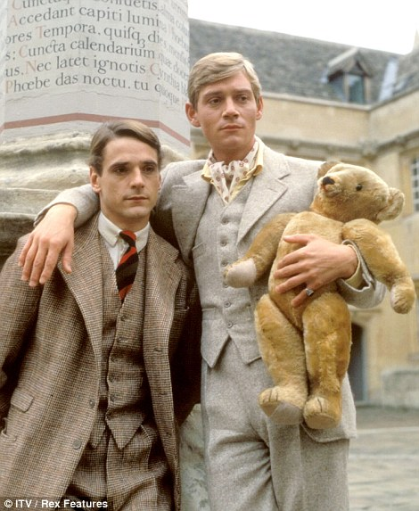 Charles and Sebastian, our favorite film couple in a scene from Brideshead Revisted. Love is Love!