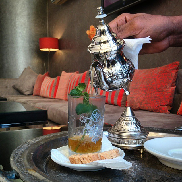 From our #travelthroughfood series. It's Moroccan Mint Tea time @diwanhotels  #tourism #travel #travellove #weloveourguests #discovermorocco #discovercasablanca #travelandlife #hotelstuff