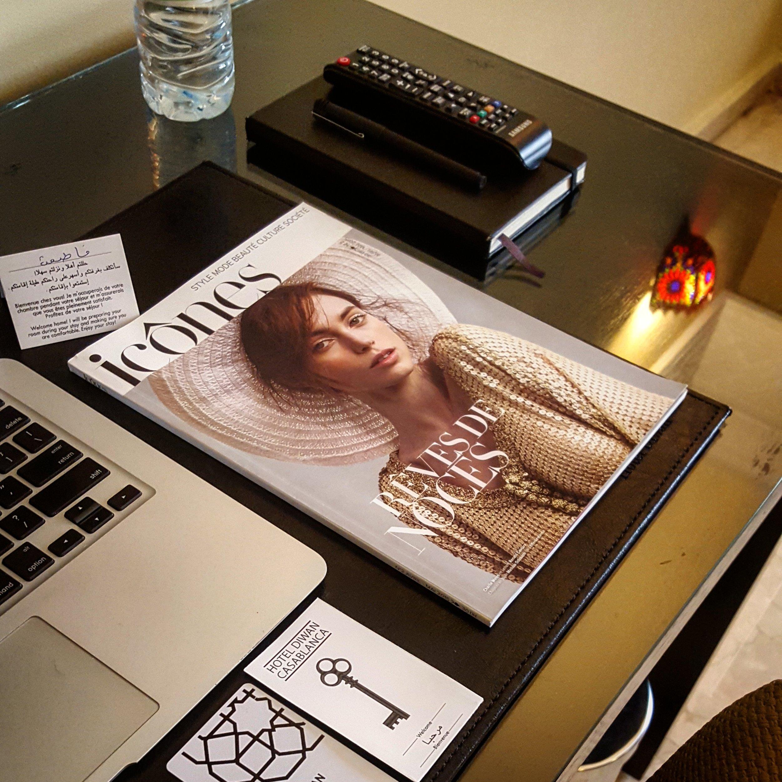 Hotel_desk.jpg