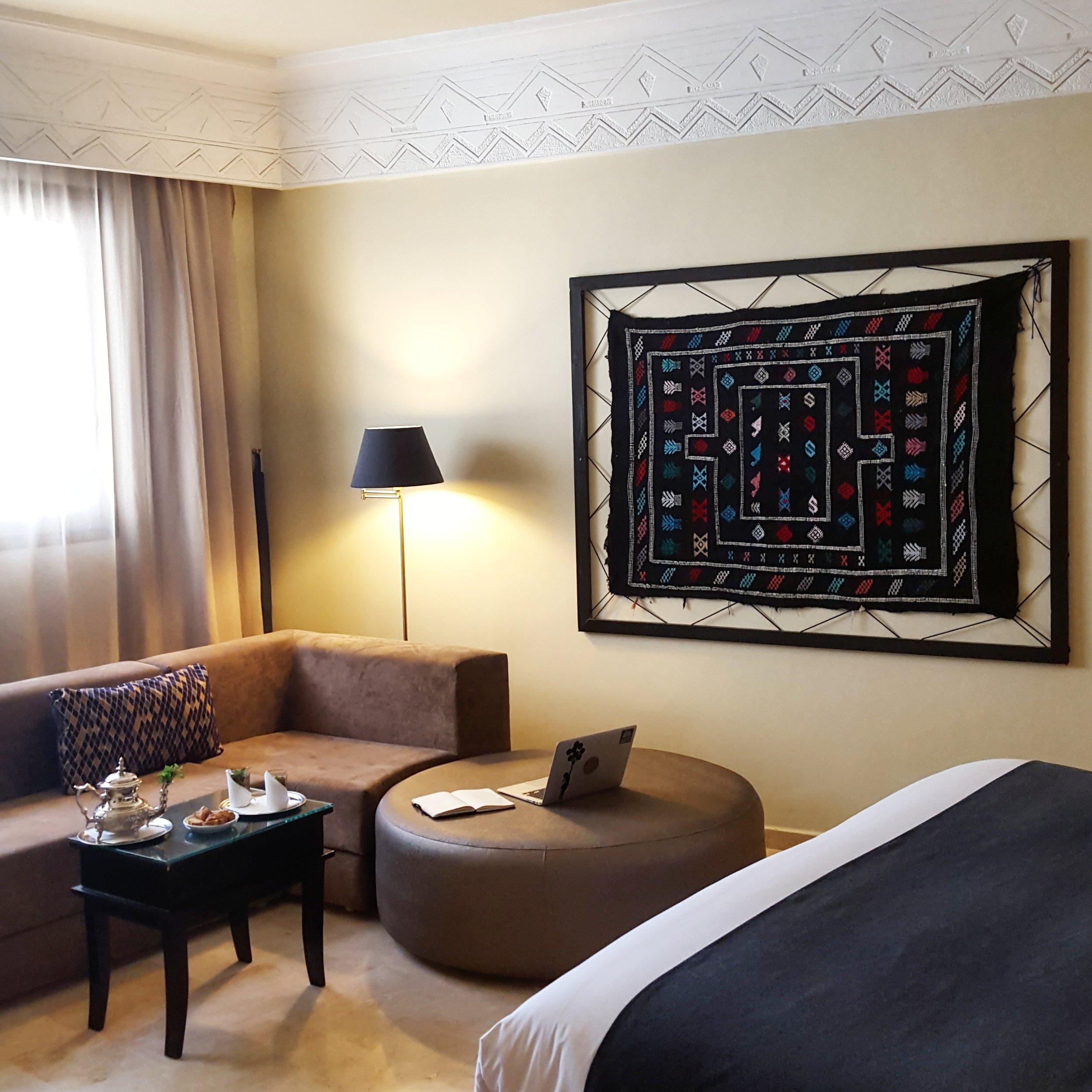 Hotel_Room.jpg