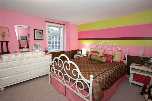teenbedroom2.png