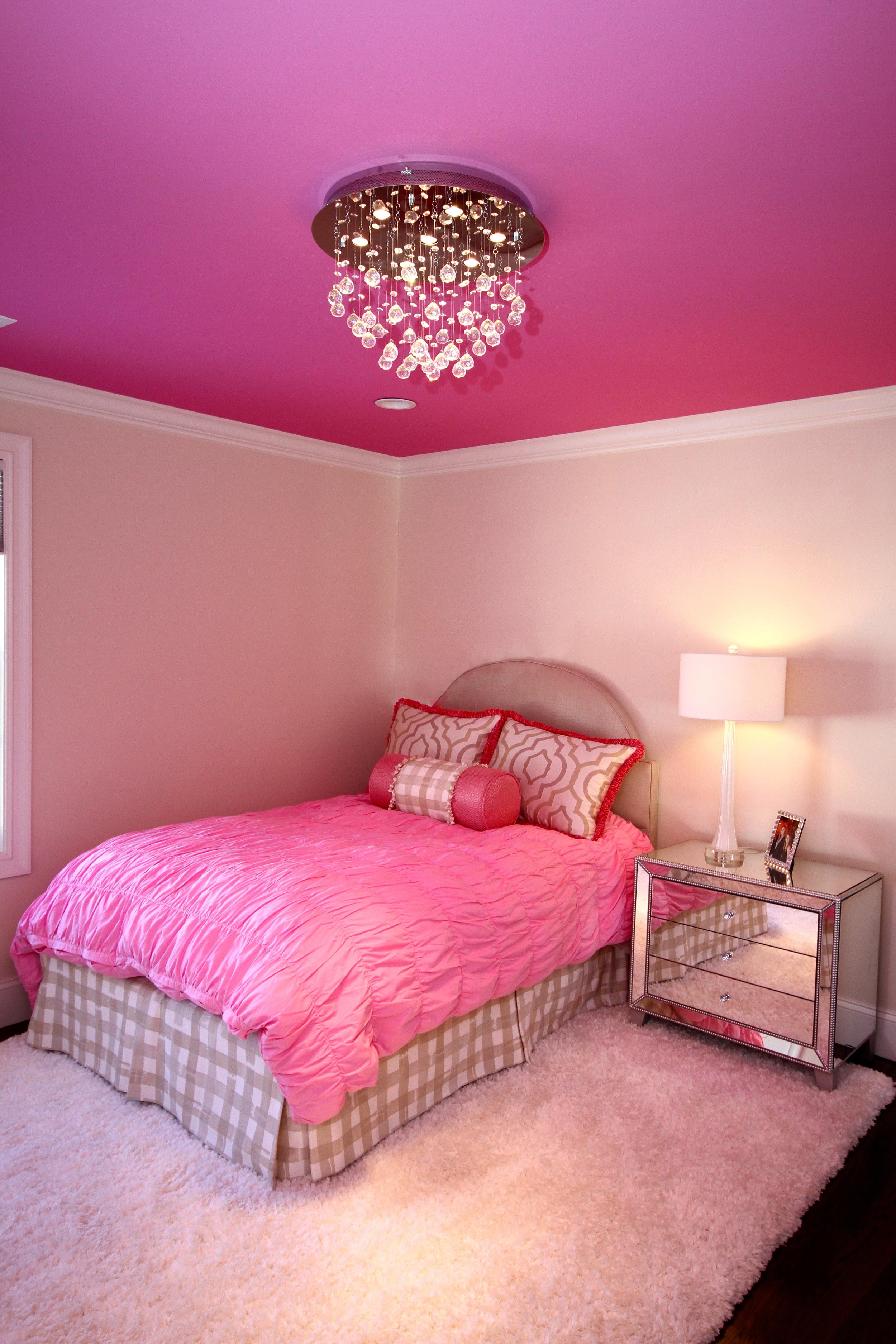 pink bedroom 1.jpg