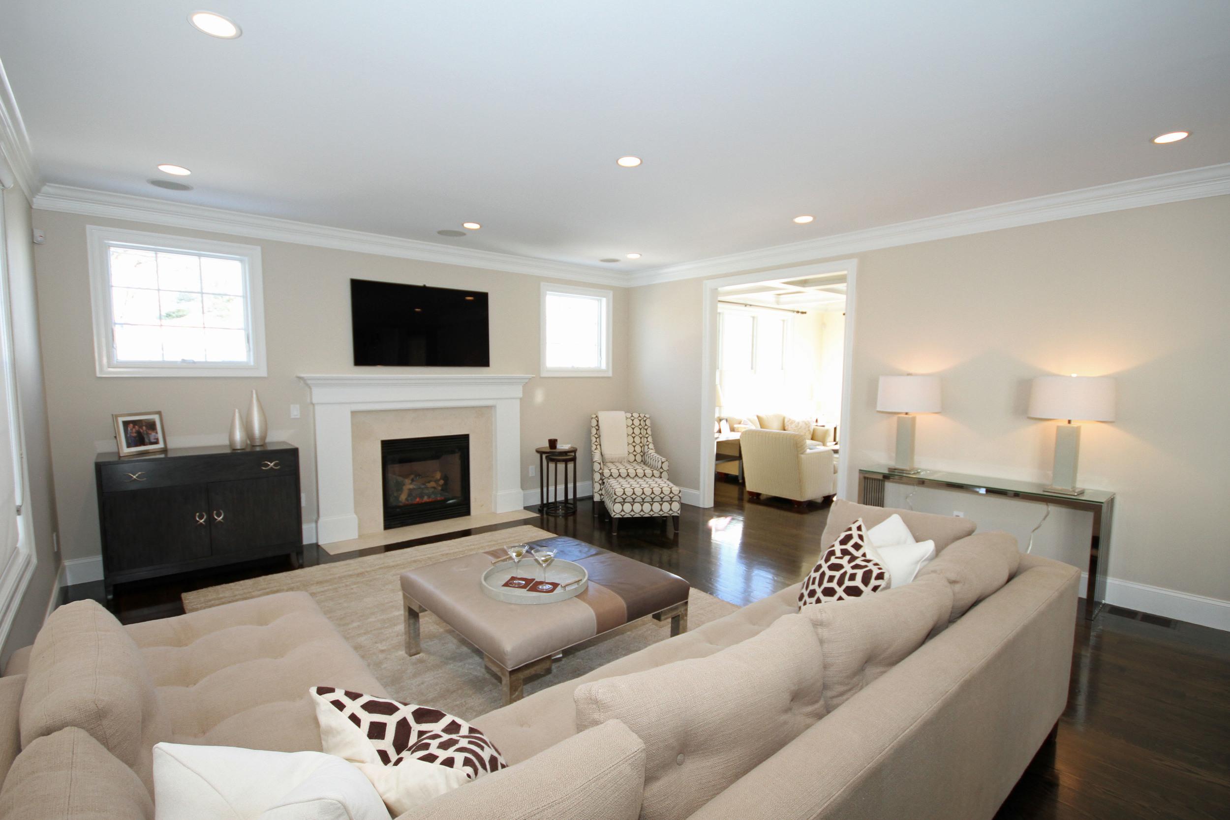 living room from left corner.jpg