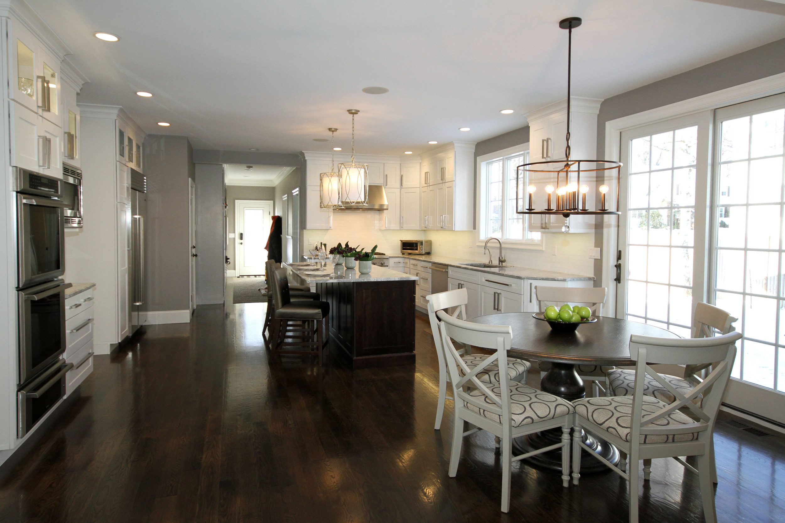 kitchen with dining area 1.jpg