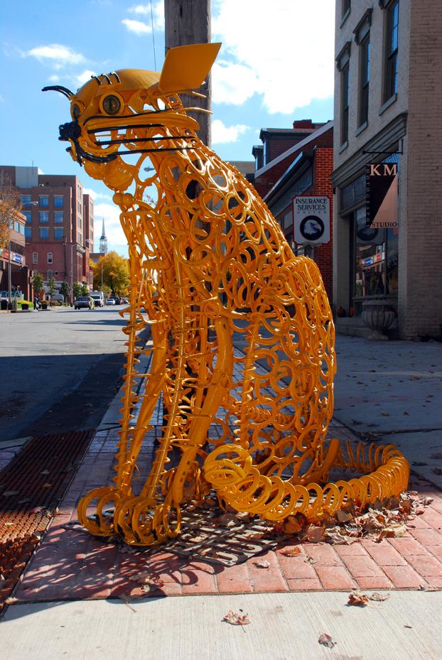 Cat by sculptor Bob Machovec.