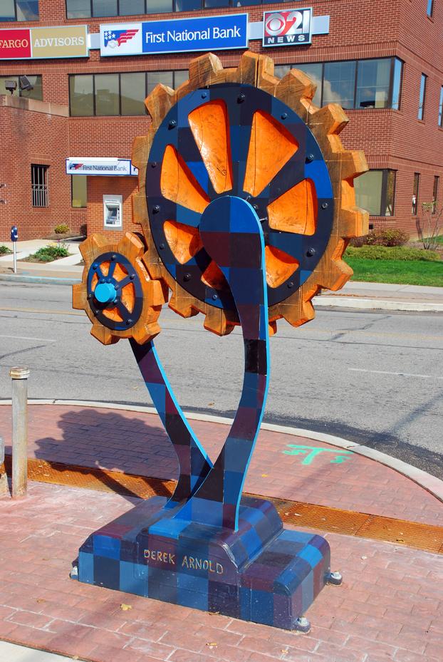 Gears by sculptor Derek Arnold