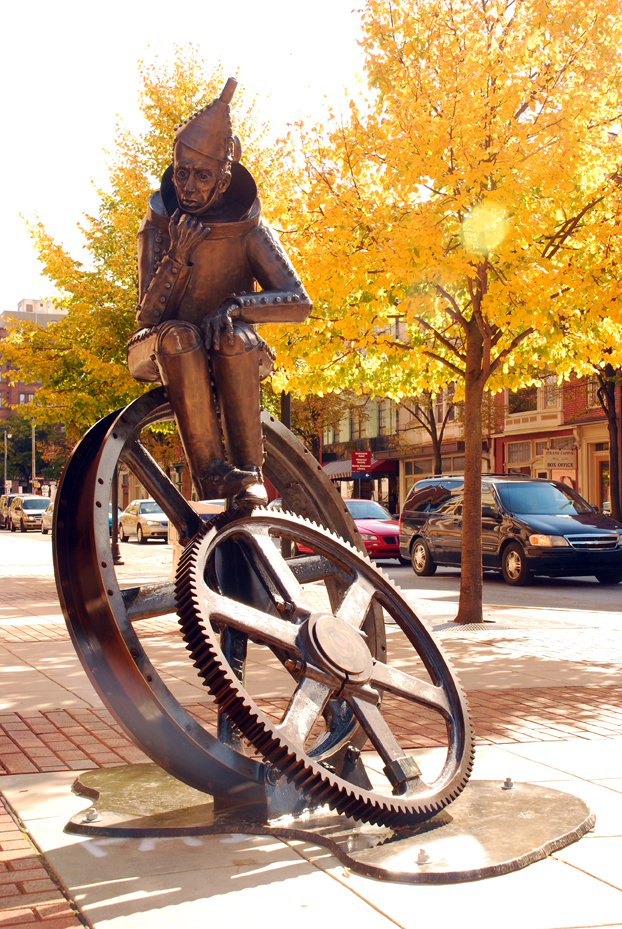 The Tinker by sculptor Lorann Jacobs