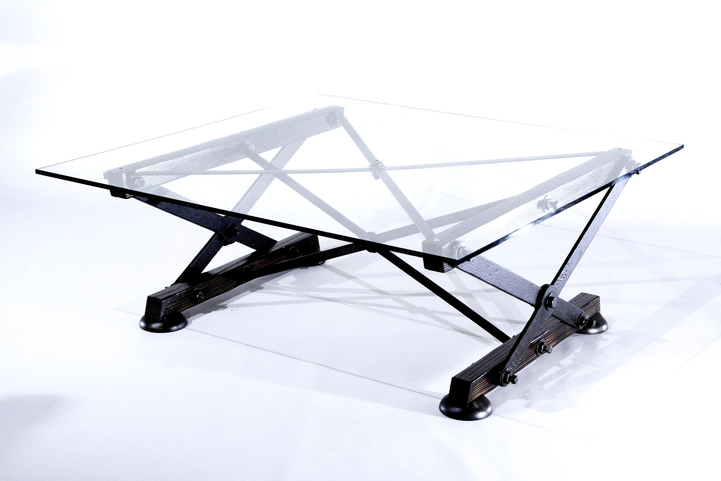 Industrial coffee table - Overarm