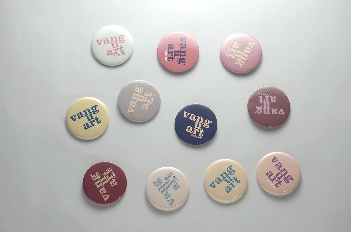 botons