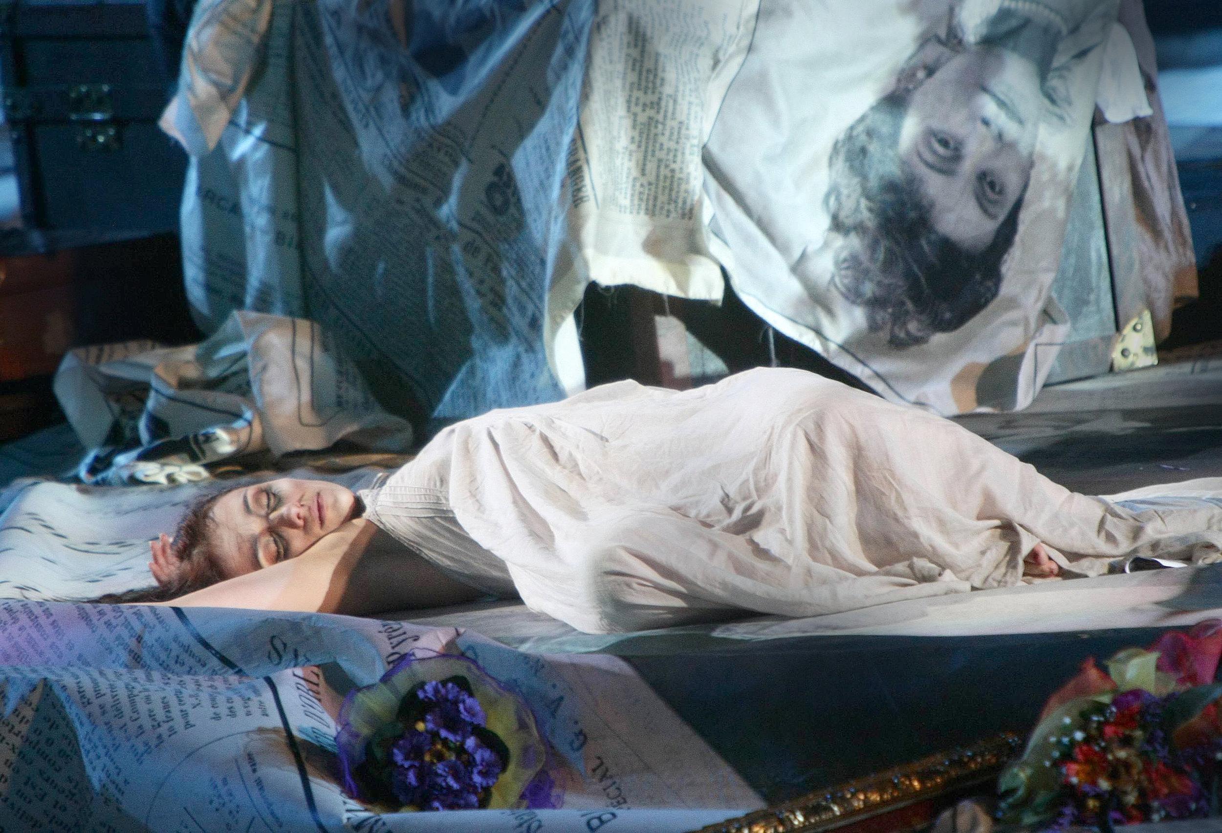 ErmonelaJaho-Traviata-Verona-Italy16.jpg