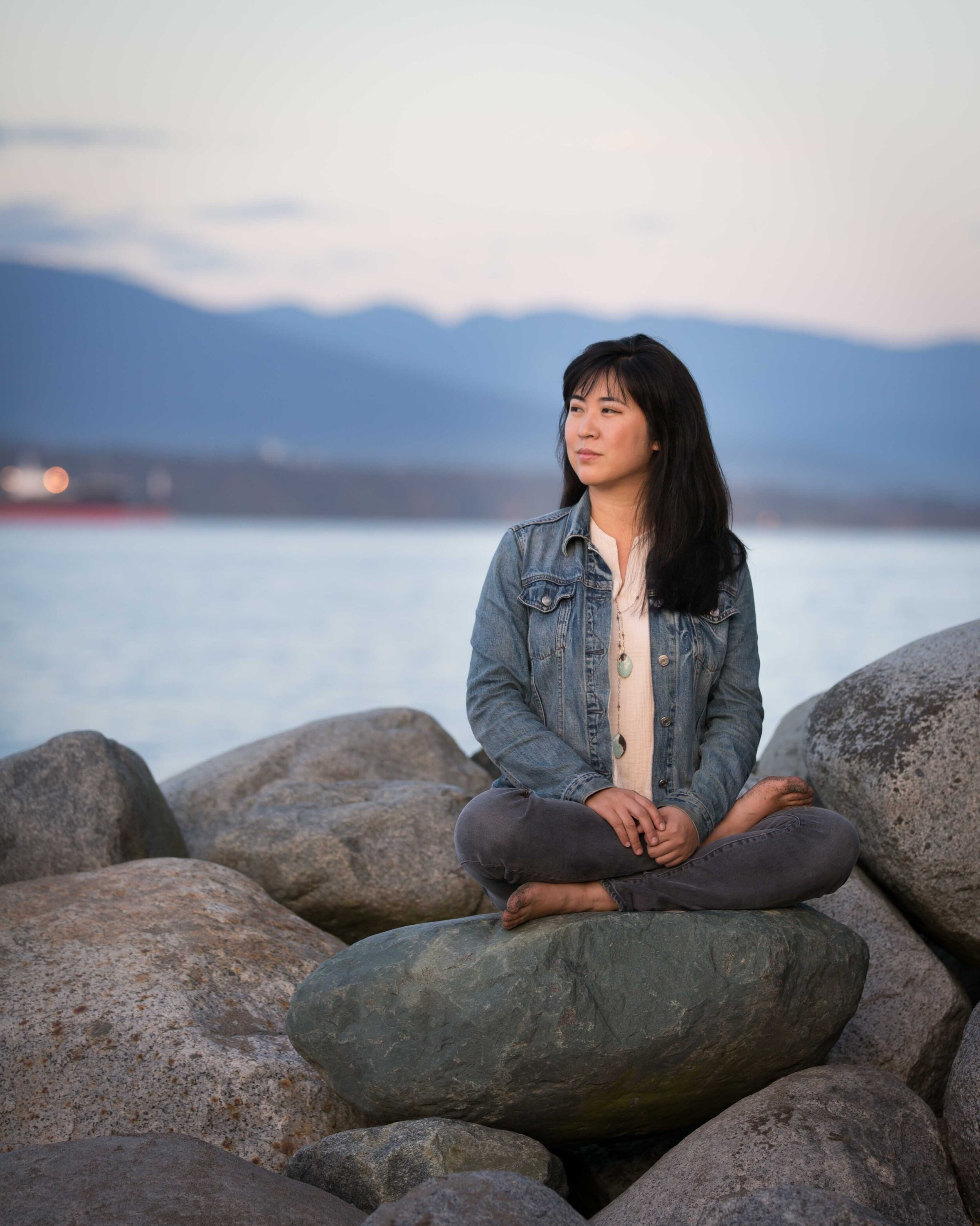 About Kat Lee - Kat is a practitioner who is passionate about the transformative integrative practices that can be unveiled within the eastern acupuncture lineage and teachings. She shares and honours these traditions through her workshops, retreats, writings and acupuncture practice.