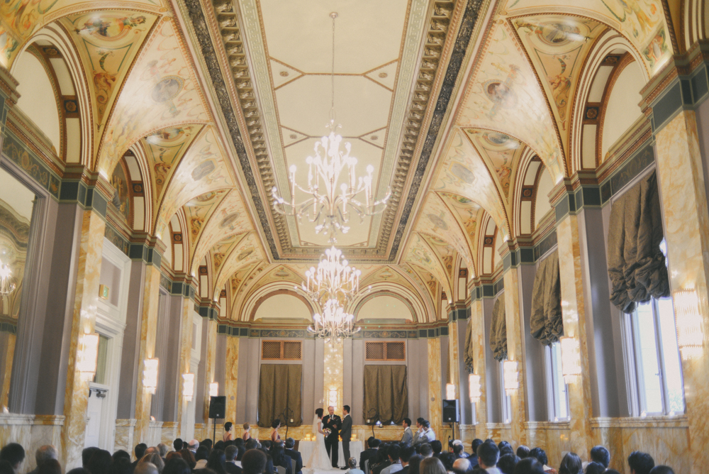 the-governor-hotel-portland-wedding-2.jpg