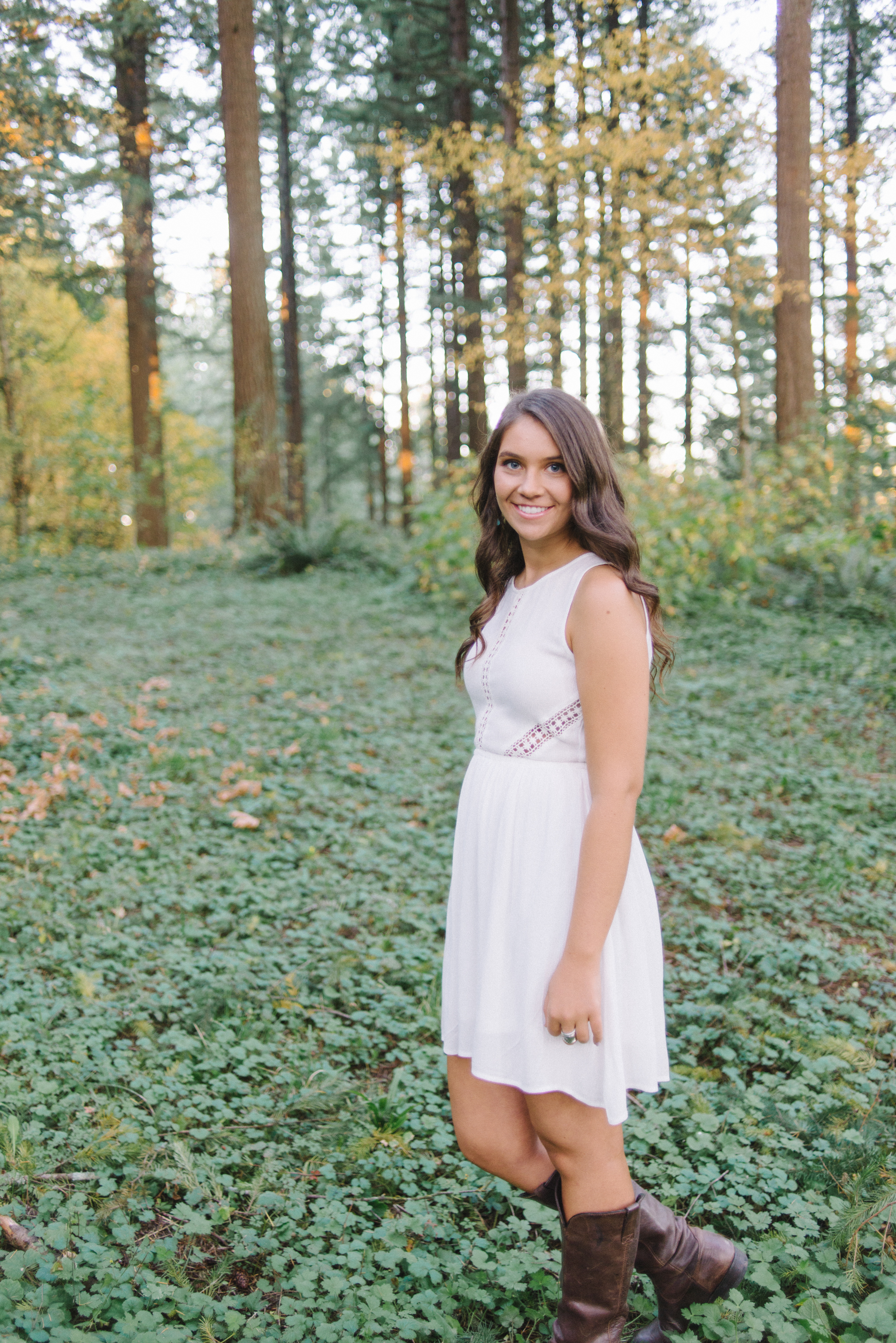 SiennaLochtie_Senior-2014_Hoyt_Arboretum_Washington_Park_Natural_Outdoor_Senior_Portrait_Photography_Portland_Oregon_511.jpg