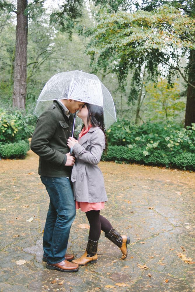 Leach-Botanical-Gardens-Couples-Engagement-Photography-umbrella-rain-kissing-Johan-Dani_0293.jpg