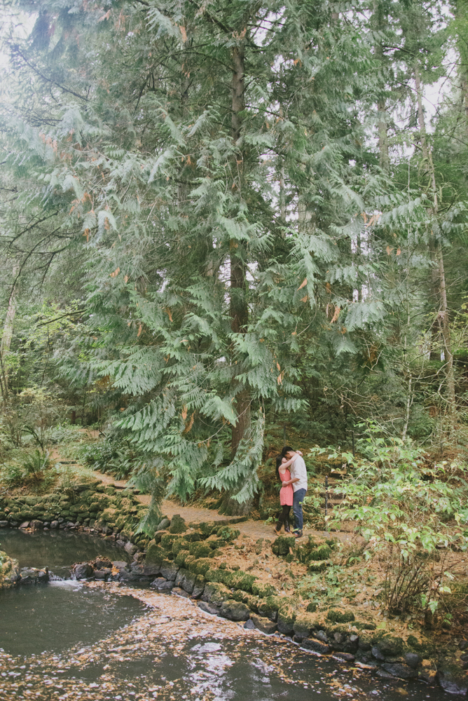 Leach-Botanical-Gardens-Couples-Photography-Landscape-Portland-Pine-Trees-Johan-Dani_Engagement_0408.jpg