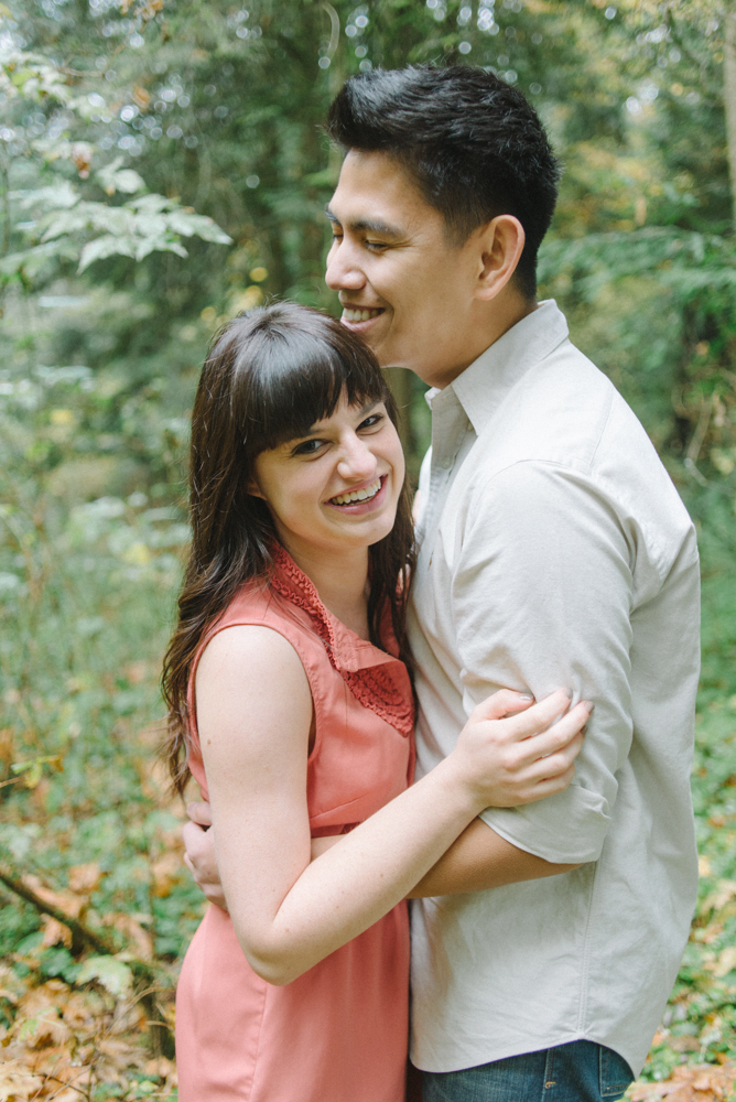 Leach-Botanical-Gardens-Couples-Photography-Laugh-Johan-Dani_Engagement_0668.jpg